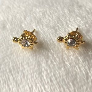 Girl's earrings. Anti allergic (gold washed).